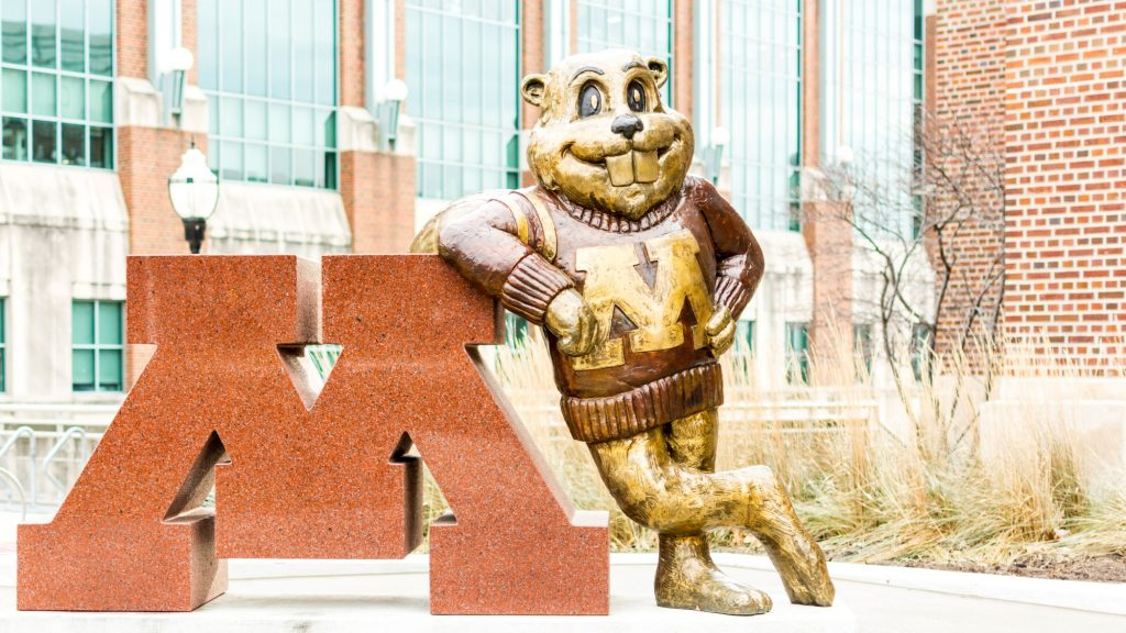 University+of+Minnesota%E2%80%99s+mascot+Goldy+Gopher+stands+outside+Coffman+Memorial+Union.+Photo+credit%3A+Benjamin+Pecka