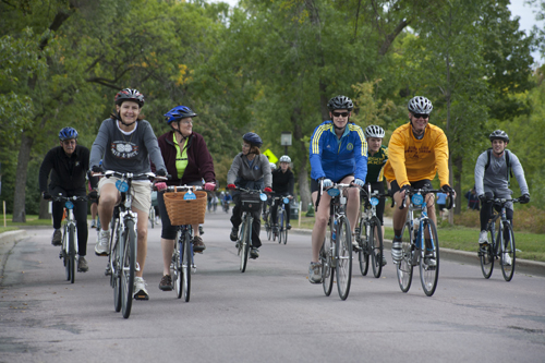 Bikes by the thousands invade as the Minneapolis Bike Tour hits the streets